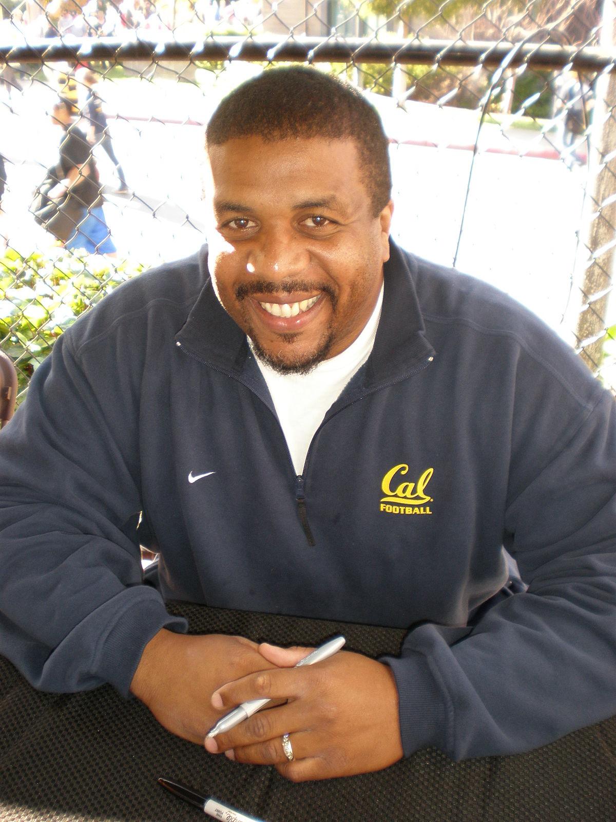 Russell White - Wikipedia