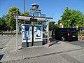 Ruzyně, letiště, parkoviště P1, platební automaty.jpg