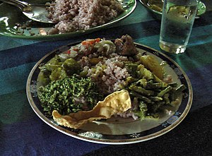 Sinhalese people - A Sri Lankan rice and curry dish.
