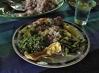 Sri Lankan cuisine - A Sri Lankan rice and curry dish.