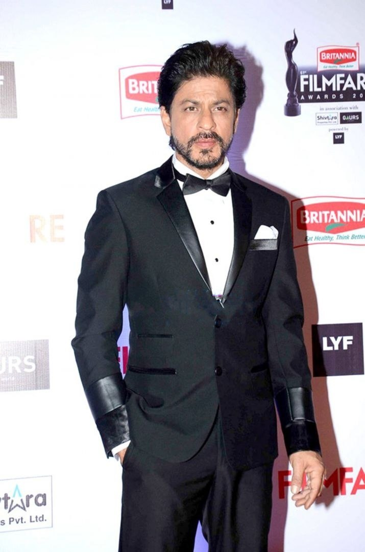 SRK at 61st filmfare