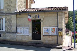 Saint-Martin-du-Puy 33 Mairie.jpg