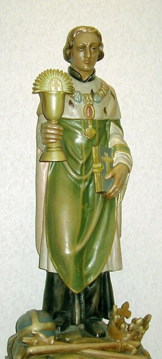 Clodoald - Statue of Saint Clodoald in St. Cloud Hospital