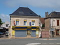 Sainville-FR-28-commerce-04.jpg