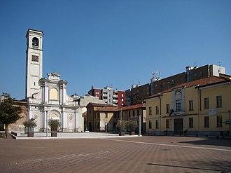 San Giuliano Milanese - Image: San Giuliano Mil piazza Vittoria