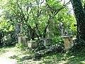 Sankt Marxer Friedhof Grabsteine1.jpg