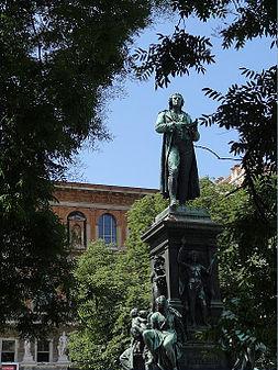 Schillerpark, 1010 Wien - Schillerdenkmal.jpg