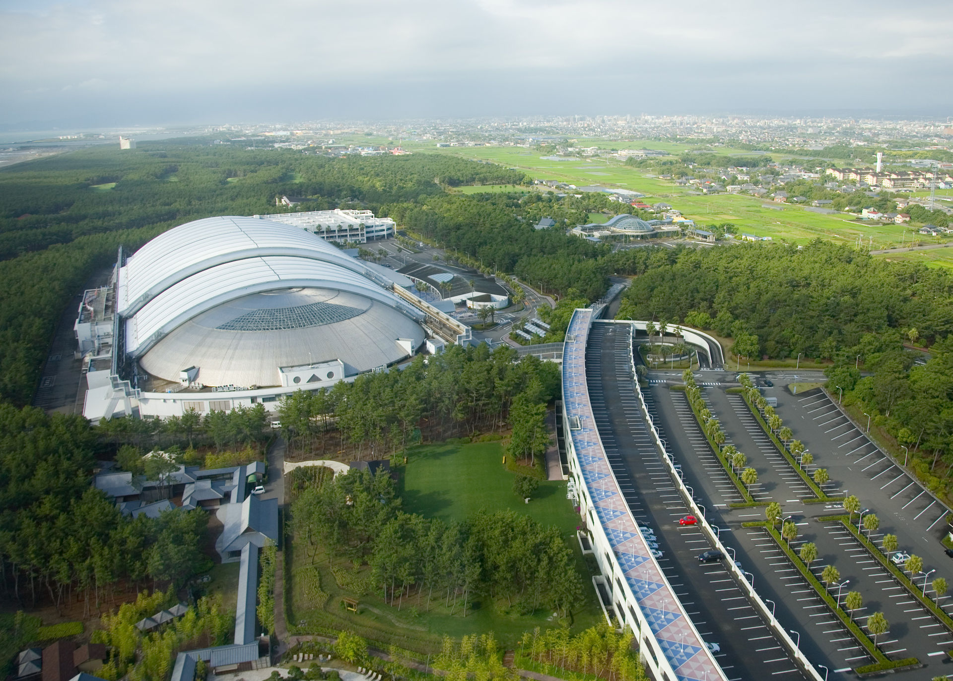 Ocean City Convention Center >> Miyazaki — Wikipédia