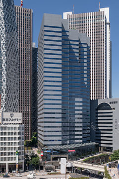 Shinjuku-Ltower-Building-01.jpg