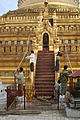 Shwezigon-Bagan-Myanmar-09-gje.jpg