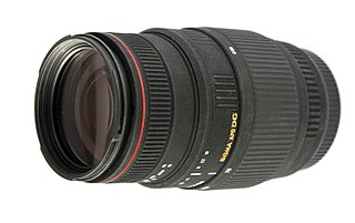 Sigma 70-300mm f/4–5.6 APO DG Macro lens
