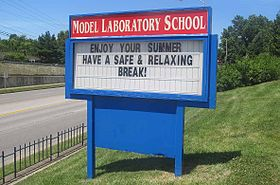 Sign at entrance of Model Laboratory School.jpg