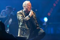 Simple Minds - 2016330224243 2016-11-25 Night of the Proms - Sven - 1D X - 0768 - DV3P2908 mod.jpg