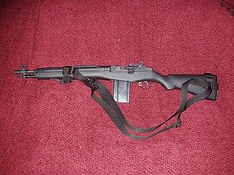 Sling (firearms) - Image: Socom 16