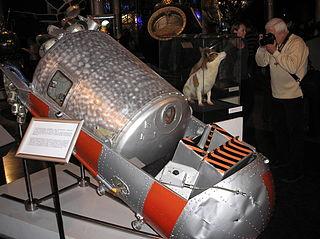 Korabl-Sputnik 2 Soviet artificial satellite, first to send animals into orbit and return safely