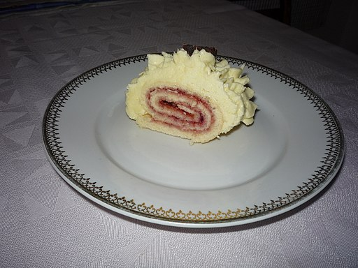 Sponge roll with butter cream - Step by step. 22 We fold piece rolls on dessert plate and eat pastry fork