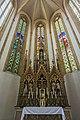 St. Blasius Regensburg Albertus-Magnus-Platz 1 D-3-62-000-24 36 Hauptchor mit Hochaltar.jpg
