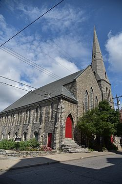 St Paul's Episcopal Church Newport, KY 03.jpg