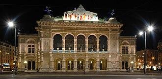 Vienna State Opera - The Vienna State Opera at night