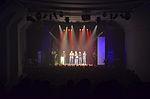 Stadtkulturpreis Hannover 2013 (241) Applaus nach der Preisverleihung für die Repräsentanten der Jazzmusiker-Initiative Hannover, gesehen von der Zuschauertribüne.jpg