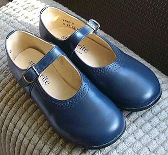 Mary Jane (shoe) - Classic Mary Jane or bar shoes by Start-rite (known as Sonnet in the United States).
