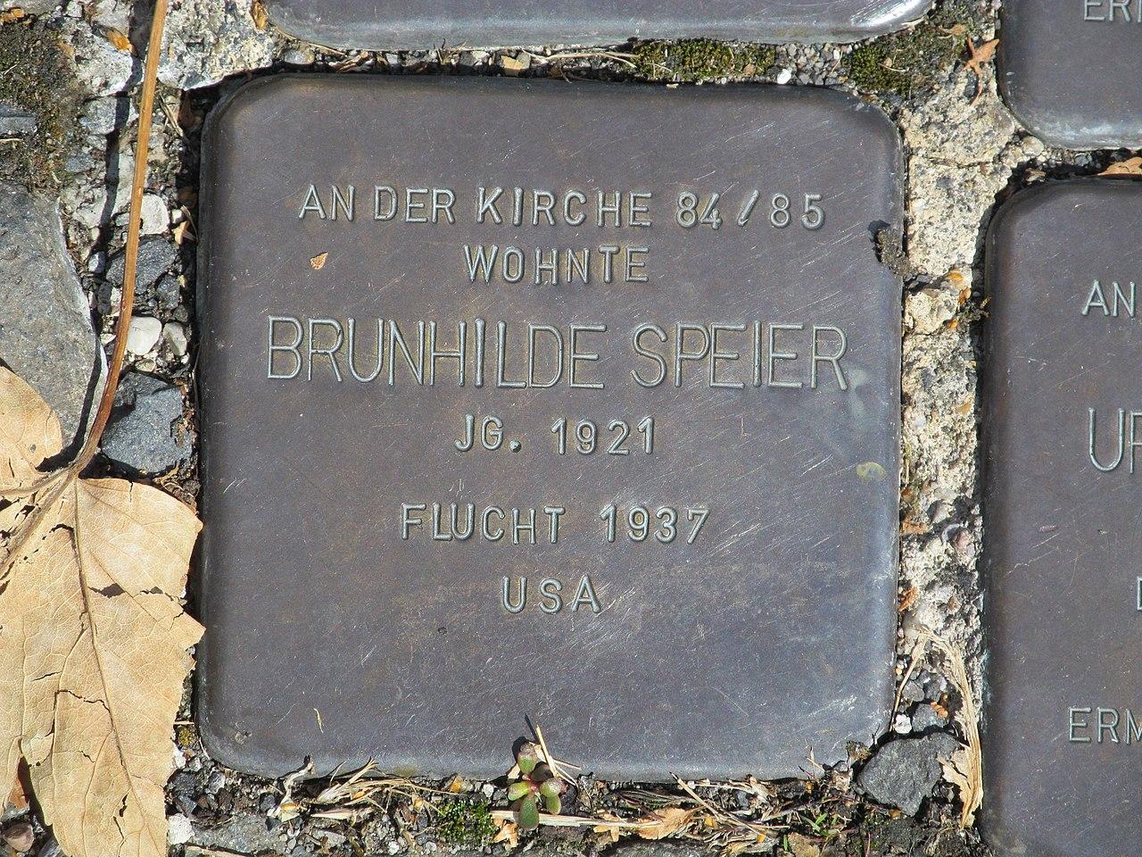 Stolperstein Brunhilde Speier, 1, Bahnhofstraße 110, Borken, Schwalm-Eder-Kreis.jpg