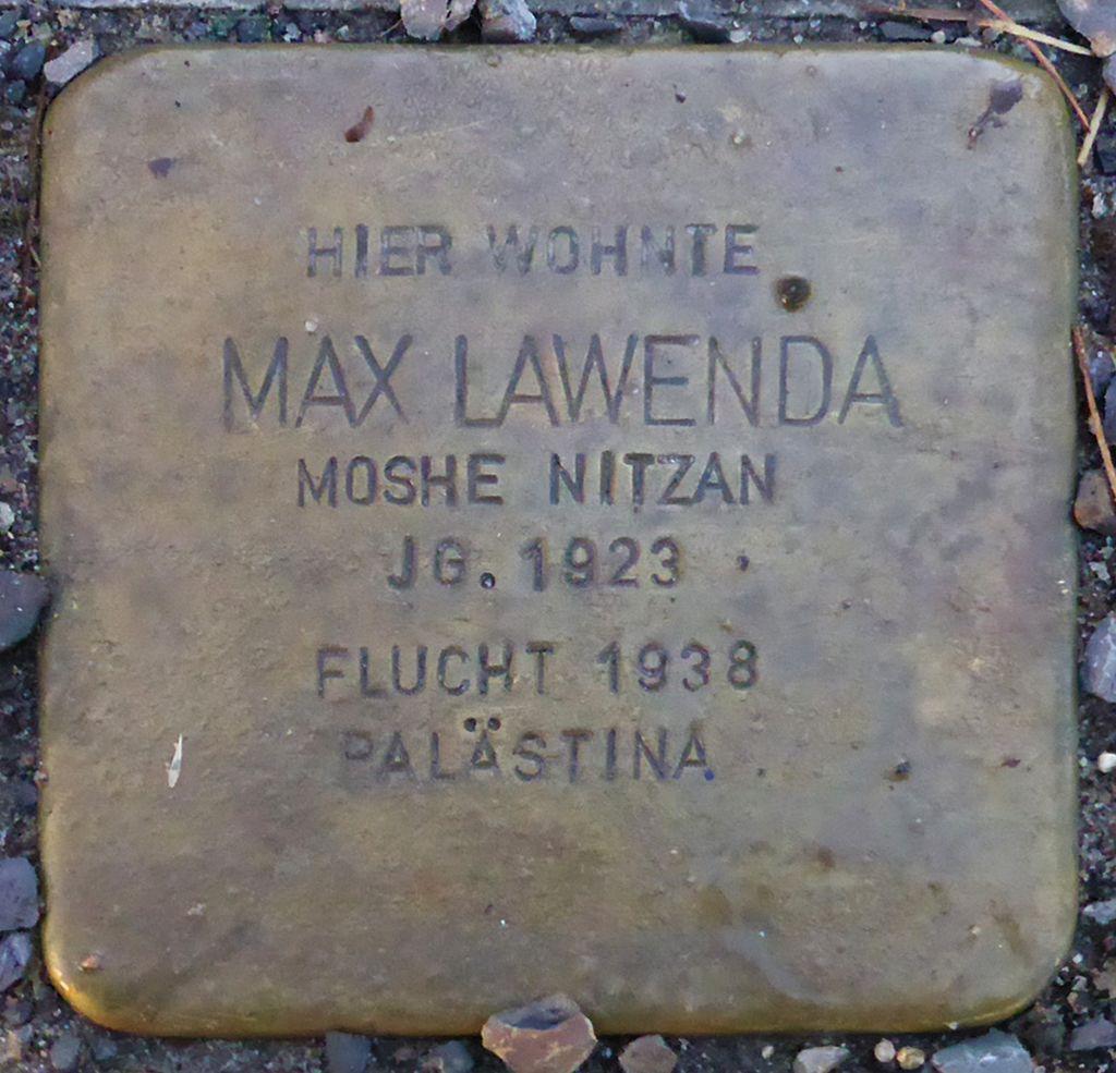 Stolperstein für Max Lawenda (Blumenauer Str. 5)
