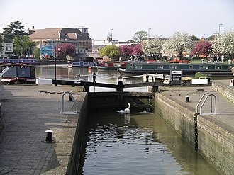 River Avon, Warwickshire - One of the two lock gates between the River Avon and the Stratford-on-Avon canal
