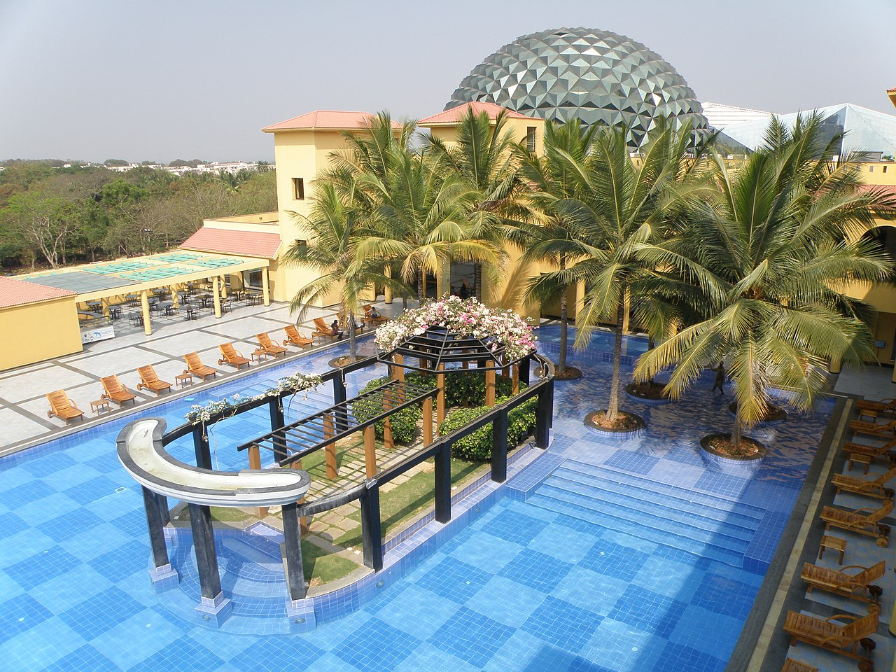 File Swimming Pool In Employee Care Centre Infosys Mysore 19 Jpg Wikimedia Commons