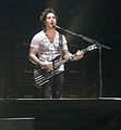 Synyster Gates at the Chevrolet Center in Youngstown, OH.jpg