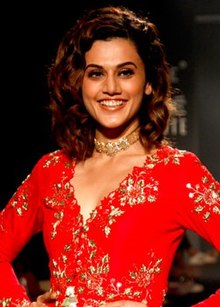 Taapsee Pannu walks for Divya Reddy at Lakme Fashion Week 2017.jpg