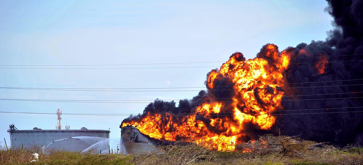 Explosi 243 N En La Refiner 237 A De Amuay Wikipedia La
