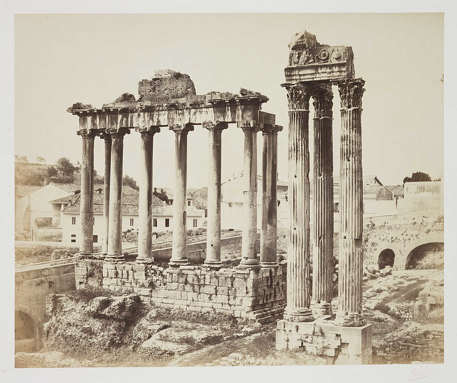 Temple de Saturne et de Vespasien sur le Forum romain. Photo National Media Museum @ Flickr Commons