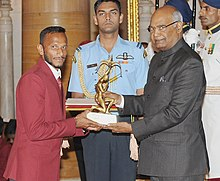 The President, Shri Ram Nath Kovind presenting the Arjuna Award, 2017 to Shri S.V. Sunil for Hockey, in a glittering ceremony, at Rashtrapati Bhavan, in New Delhi on August 29, 2017.jpg