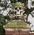 The Scull and Crossbones of St. Nicholas Church, Deptford. - geograph.org.uk - 508228.jpg