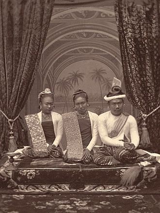 Konbaung dynasty - The last king, Thibaw Min (right), here with Queen Supayalat and her sister Princess Supayagyi, was forcibly deposed in a war with the British colonialists in 1885.