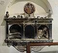 Tomb - beddrod Evan Llwyd (Bodidris), Sir Ddinbych - Denbighshire 1639 02.jpg