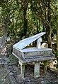 Tomb of Harry Thornton 3.jpg