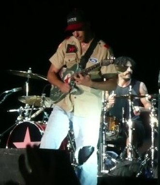 Tom Morello - Morello performing with Rage Against The Machine at the 2008 Reading Festival