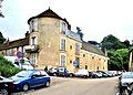 Tour et bâtiments sud du château Miton.jpg