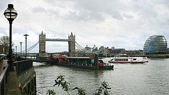 Tower Millennium Pier - Image: Tower Millennium Pier 1