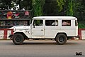 Toyota Land Cruiser FJ40 wagon (25145425760).jpg