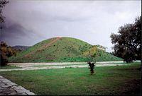 Tumulus (tomb) in Marathon.jpg