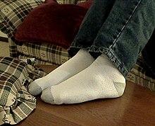 Footwear - Wikipedia