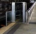 U-Bahn Nürnberg Strecke Bahnsteigabschlusstür OP.jpg