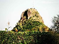 Tororo Rock des del Christ the King Priory