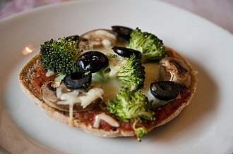 Junk food - Whether foods such as pizza are considered junk food depends upon how they are made.
