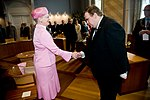 Viceborgmester Søren Rasmussen hilser på HM Dronningen (5965349994).jpg
