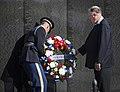 Vietnam Veterans Memorial (15086492119).jpg