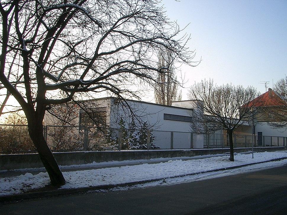 Villa Tugendhat front